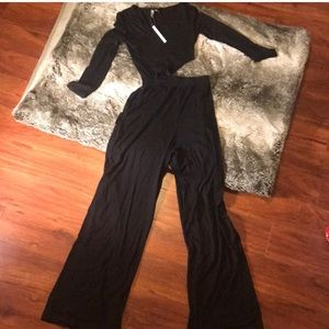 ASOS NWT Jumpsuit with Cut Out waist size 4